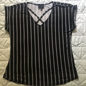 Tops - Ladies pullover shirt, Black & white striped, Sz S
